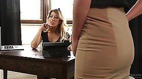 Rosey Stark Lesbian Massage parzana maserin