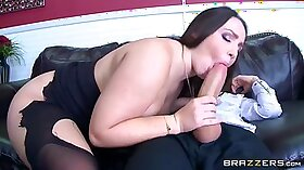 Stunning hot lesbians playing in their dirty butthole