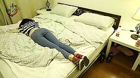 cute asian girlfriend on real homemade hiddencam