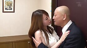 Training wife to have no mercy for her dirty boss