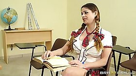Horny college babe works on facial