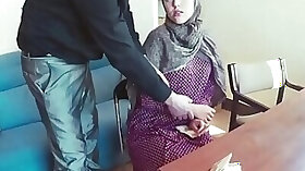 Muslim chick is gonna get destroyed by that big dick