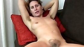 Milf grows a nice of hair in her armpits