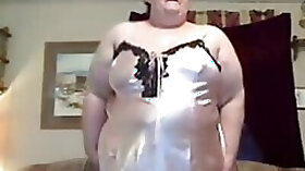 DancingBig Fat Grandma
