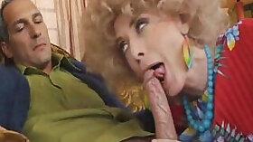 porn star with nice tits sucks a sturdy dick