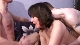 Cocksucking Mature Housewife Sucking Dick At Glory Hole