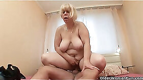 Close up - MILF ready for some anal fun